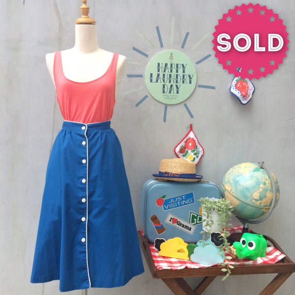 Blue Pied Piper | Vintage 1960s 1970s Hipster Blue button-down skirt with white piping and Pockets