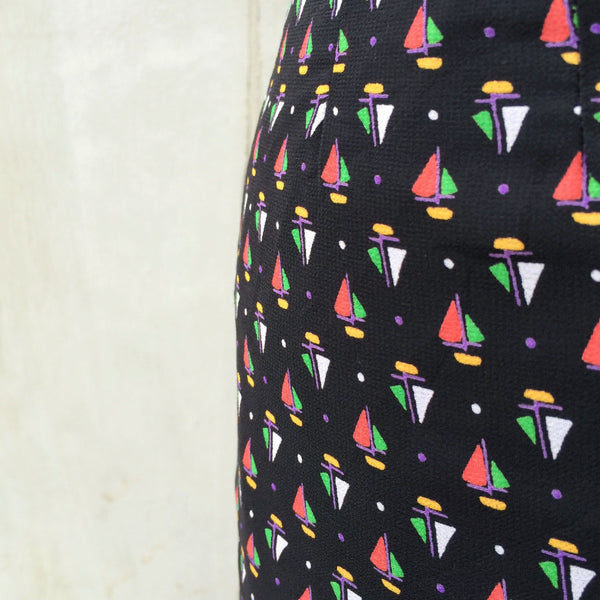 Tiny sails | Vintage 1970s 1980s sailboat Nautical theme A-line skirt