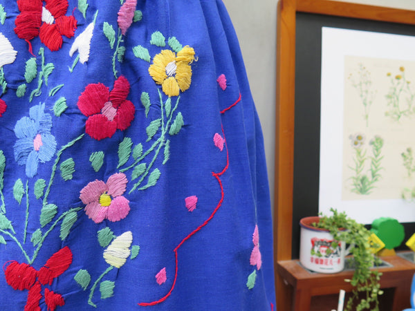 Summer Flirt | Vintage 1960s 1970s Mexican embroidered Ethnic Blue Calf-length Skirt