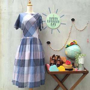 Rock-a-bye Billy | Vintage 1950s Rockabilly style cotton Plaid Checkered Gingham Day Dress with POCKETS!