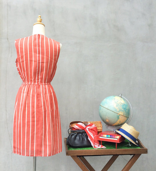 Peachy Sails | Vintage flirty 1980s striped dress in Peach Pink