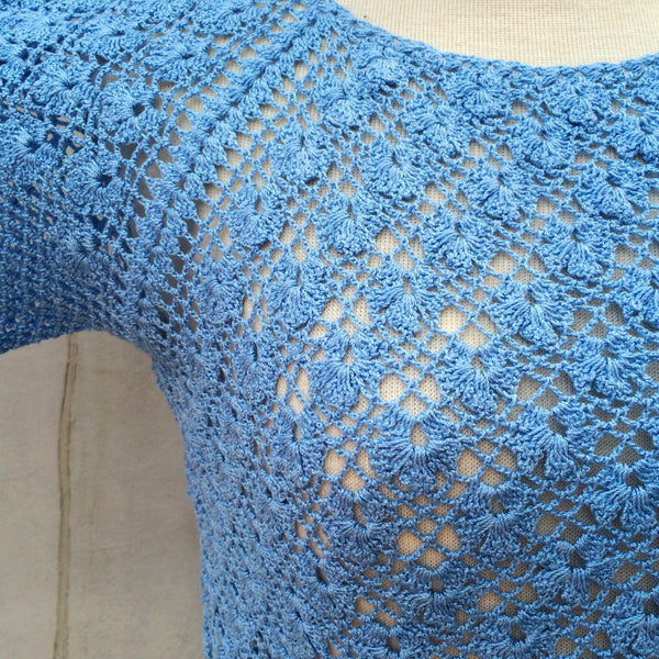 She sells Seashells | Vintage 1960s 1970s Handmade in Singapore blue Crochet Knit Top with Scalloped Hems