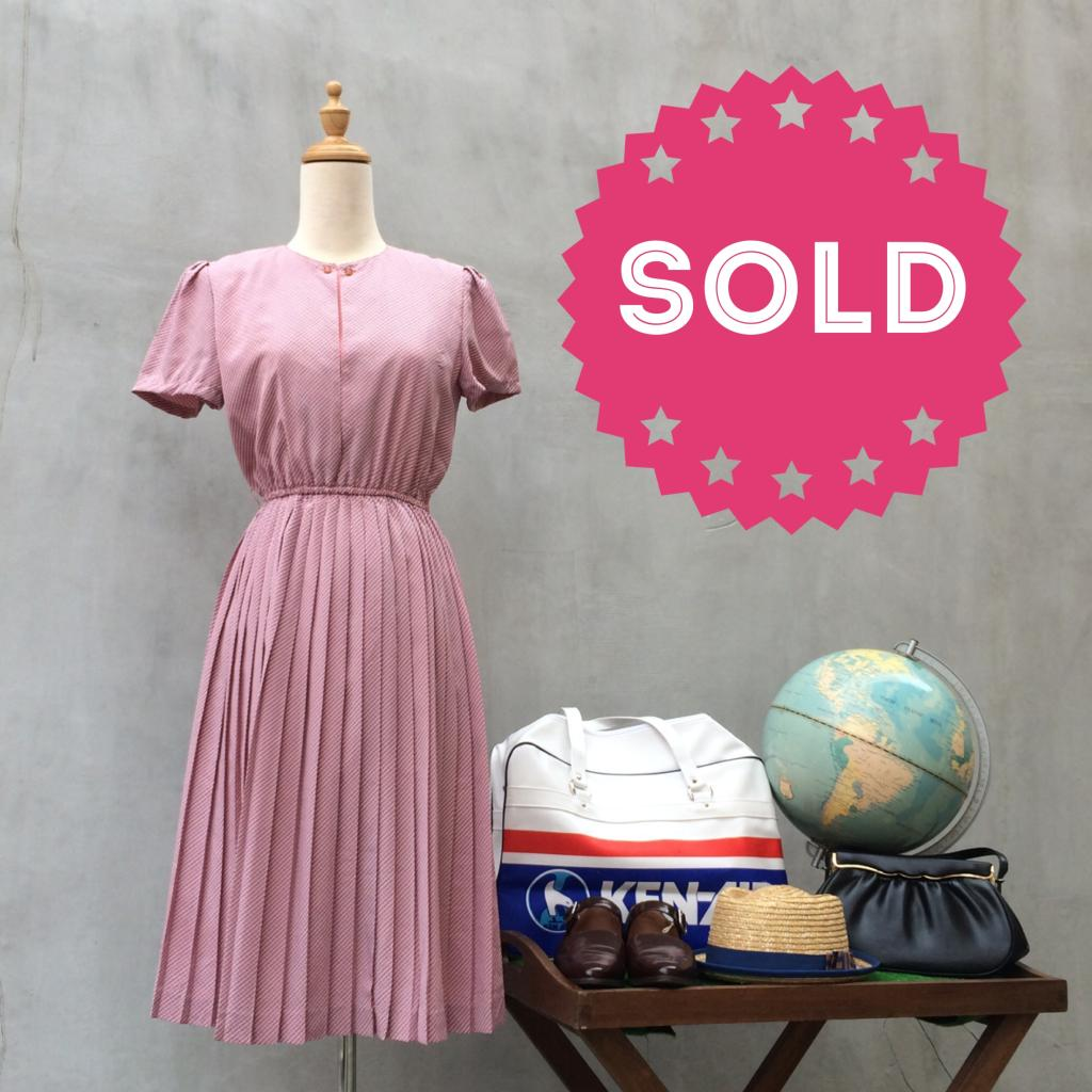 Pink Angel | Cute Flirty striped Vintage 70s short sleeve pleat dress