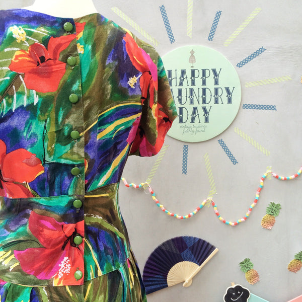 Flora Fever | Vintage 1980s pseudo wrap top Circle skirt dress with POCKETS | Hawaiian Hibiscus Flower Floral Tropical Print