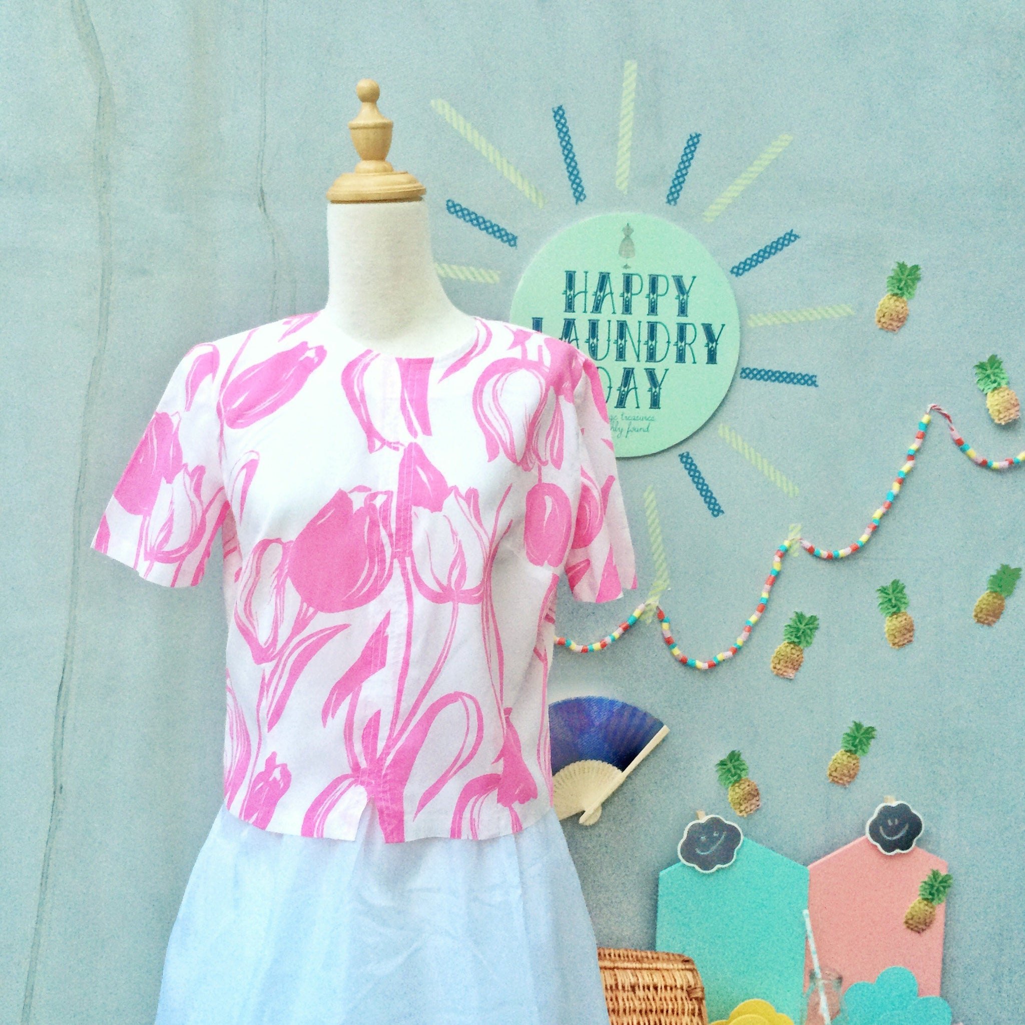 Pink Things | Vintage 1950s pink Tulip print Crop top with Cutest buttons ever