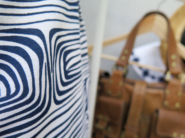 Shirley | Vintage 1960s swirly geometric psychedelic print in Blue and White
