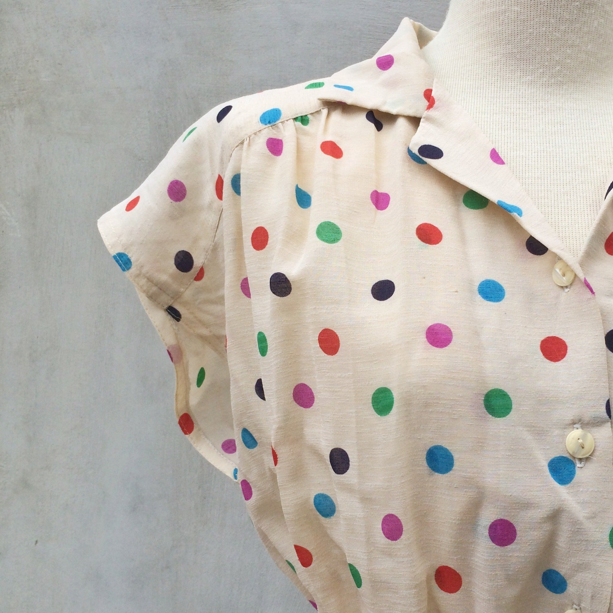 Dancing Circles | Vintage 1940s 1950s Colorful circle polka dots Day dress