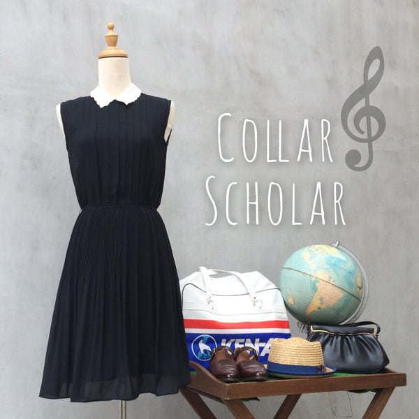 Collar Scholar | Girly Vintage 70s lace collar Black Dress | Pleated LBD