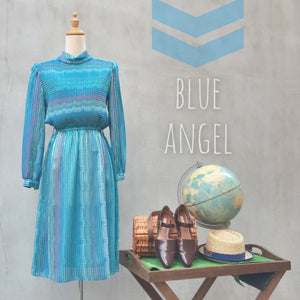 Blue Angel | Rare 70s Mint vintage holographic Pleated Dress