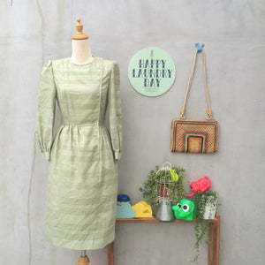 SALE! | Pastilles Bon Bon | Vintage 1950s asymmetric buttons Gold thread Pastel green Dress