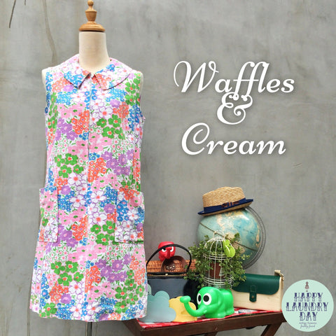 Waffles and Cream | Vintage 1960s romper style Short Twiggy Mod Retro Mini Dress