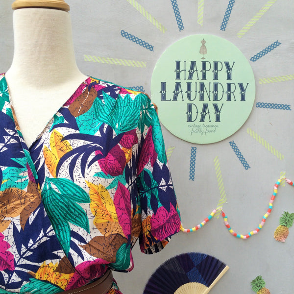 Colorayons | Vintage 1980s fun happy summer Jungle Tropical print pseudo wrap dress