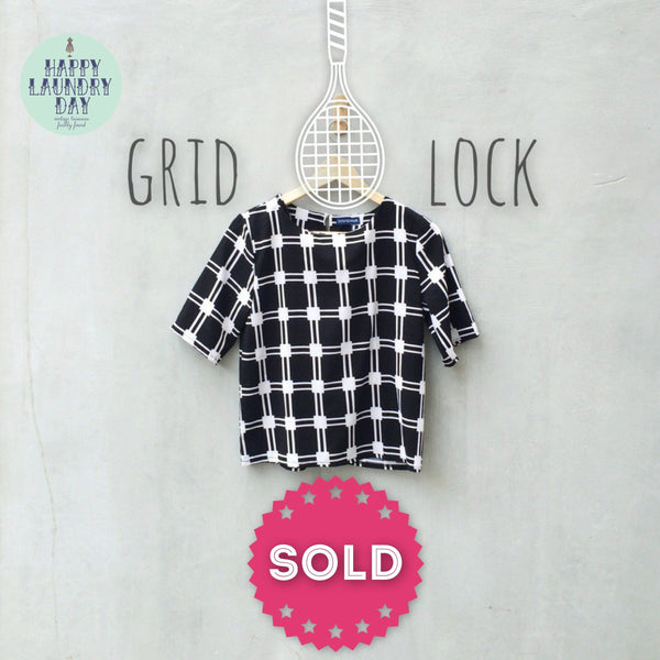 Grid Lock | Fresh Find - Modern Monochromatic Black/White boxy Crop Top