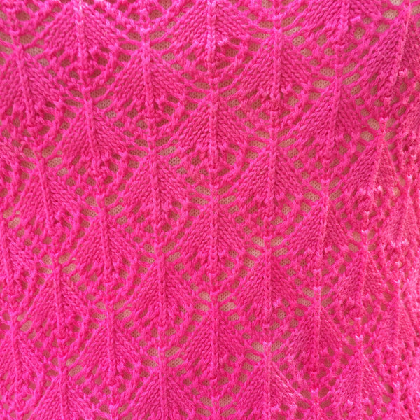 SALE | Back to the Fuchsia | Vintage 1960s 1970s crochet Scallop hem Halter neck Lace top