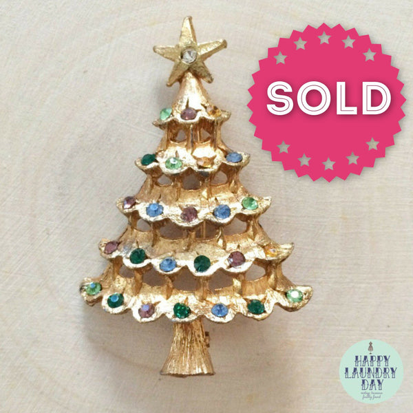 Vintage 1960s Christmas Tree brooch