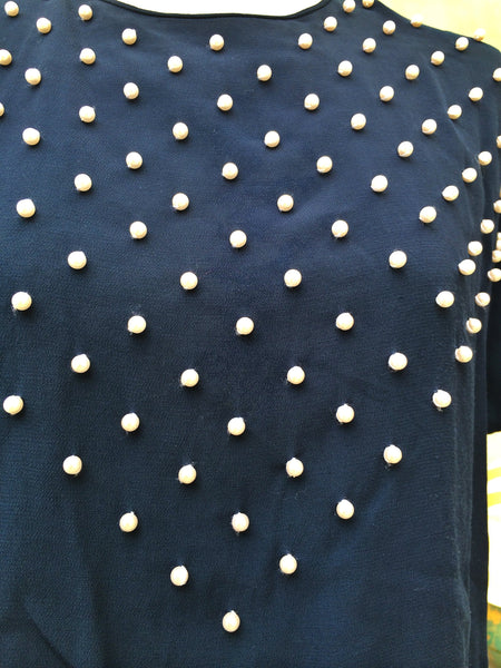 Pearly Whites | Hand-sewn faux pearls V triangle Liz Claiborne Vintage 1980s Dark blue blouse