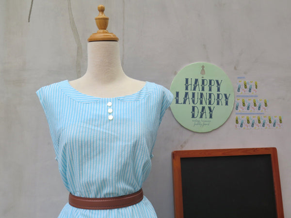 Hello Collar! | PLUS SIZE Vintage 1950s 1960s Cheesecloth Blue white stripes Faux Peter Pan Collar Shift Dress