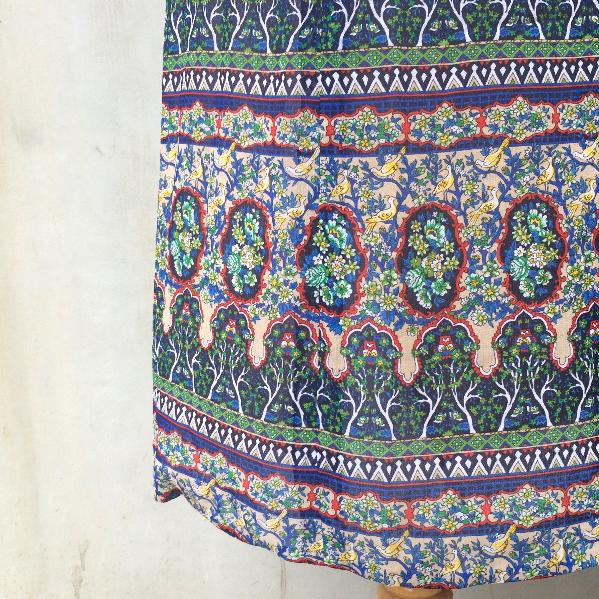 Vintage 1960s 1970s Indian ethnic print Midi skirt with Trees and Ornate Print