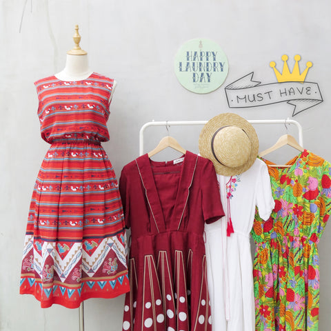 Must Have! | Candice | Vintage 1950s 1960s chick and hen Red ethnic print Sleeveless Day Dress