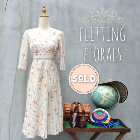 SALE! | Flitting Florals | VIntage 1970s lace flower bohemian chic Hippie Festival empire waist Dress