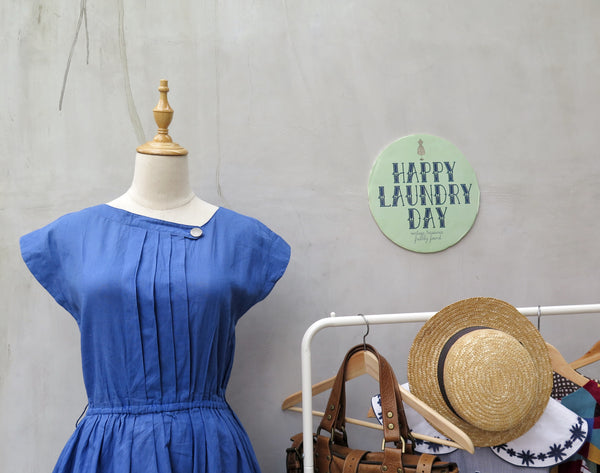 Buffy | Vintage 1950s 1960s cobalt blue solid Color day dress