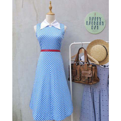 Jellybug | Vintage 1950s 1960s white blue polka dot print swing style dress