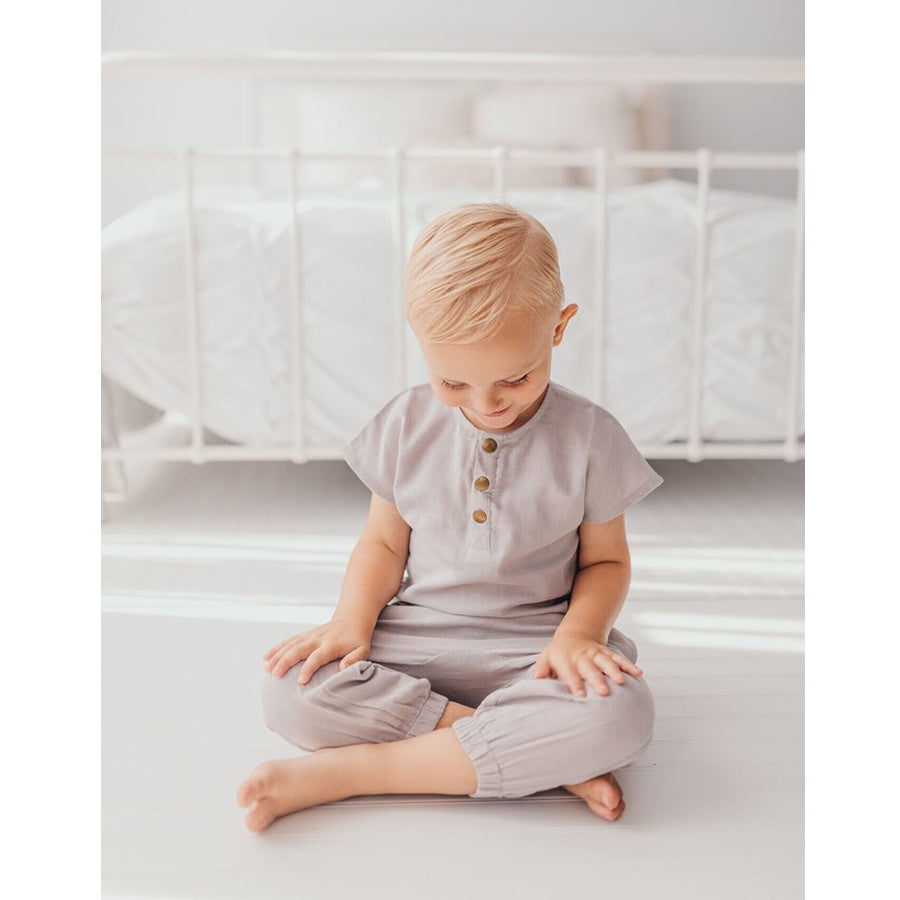Organic Kids' Muslin Tee in Cloud-L'ovedbaby-Joanna's Cuties