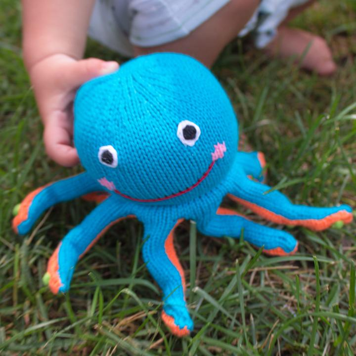 "Oshin the Octopus Rattle - 6"" - Zubels - joannas-cuties"