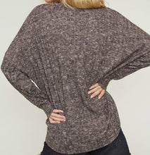 Load image into Gallery viewer, FLASH SALE: Cute as a Button top -Dusty Mauve *1 LEFT!