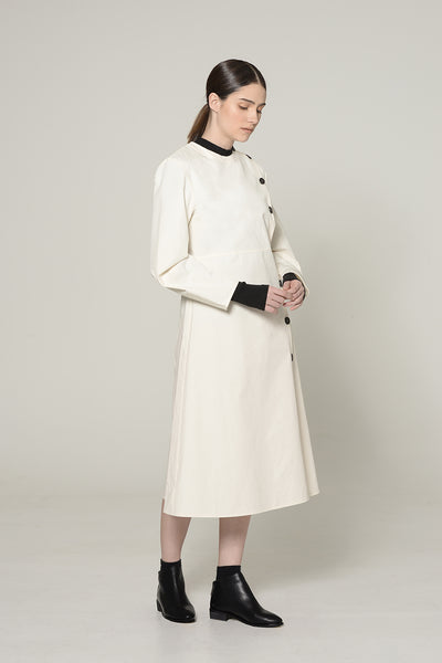 WHITE LANTERN SLEEVED DRESS