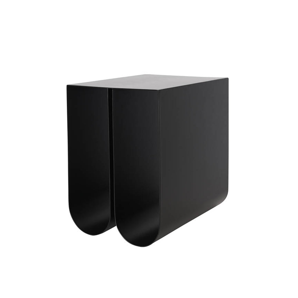 kristina dam studio curved side table sort