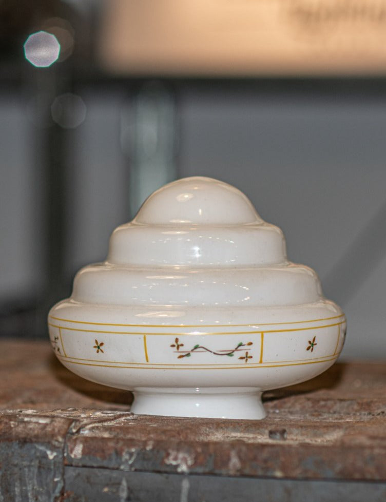 Art Deco Beehive small