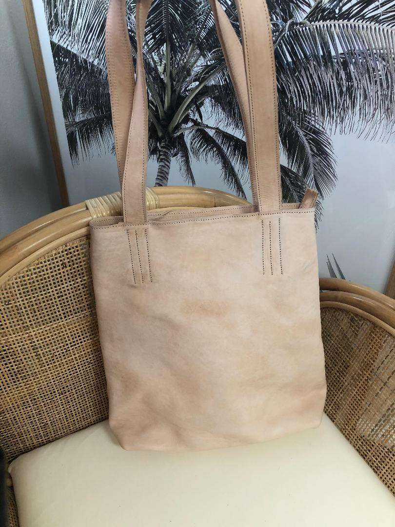Leather Tote-Nude
