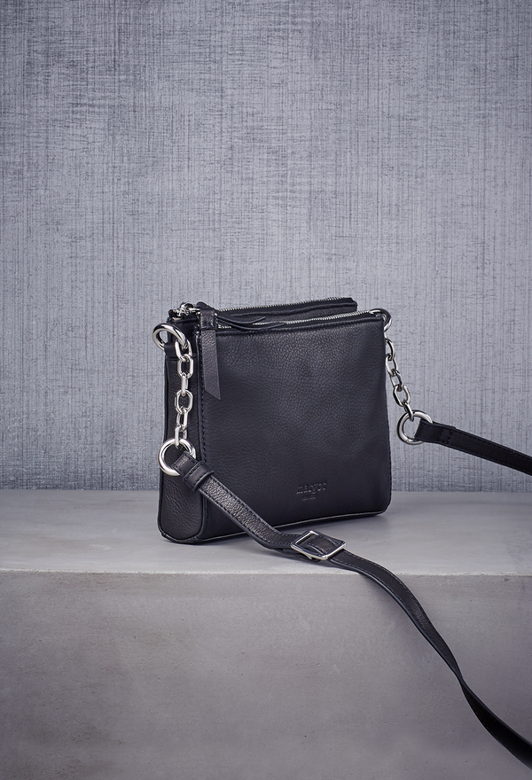 Jules with Chain Crossbody in Black-Silver