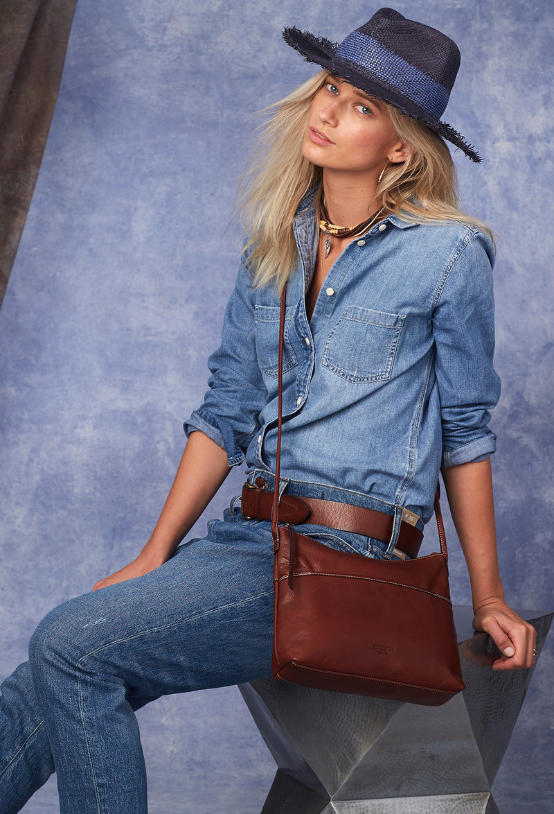 Town Crossbody in Brandy