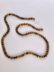 pearls necklace brown