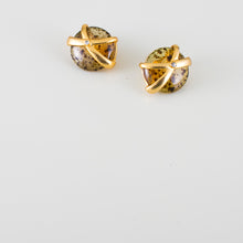 Load image into Gallery viewer, ancient gold earrings
