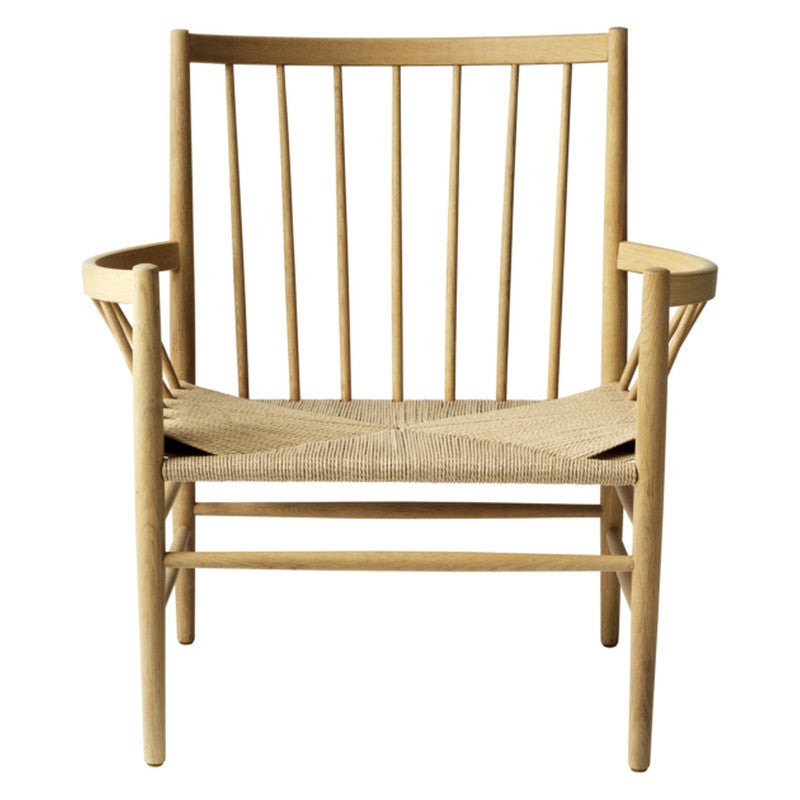 J82 Lounge Chair - Oak sold in House of Gefion