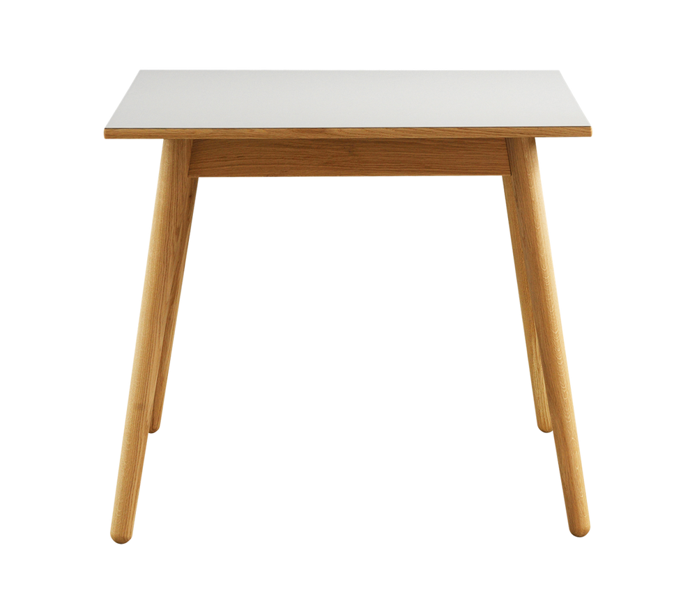 C35A Dining Table – Poul M. Volther