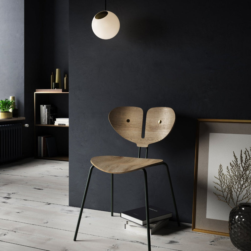 Moth chair nordic tales house of gefion