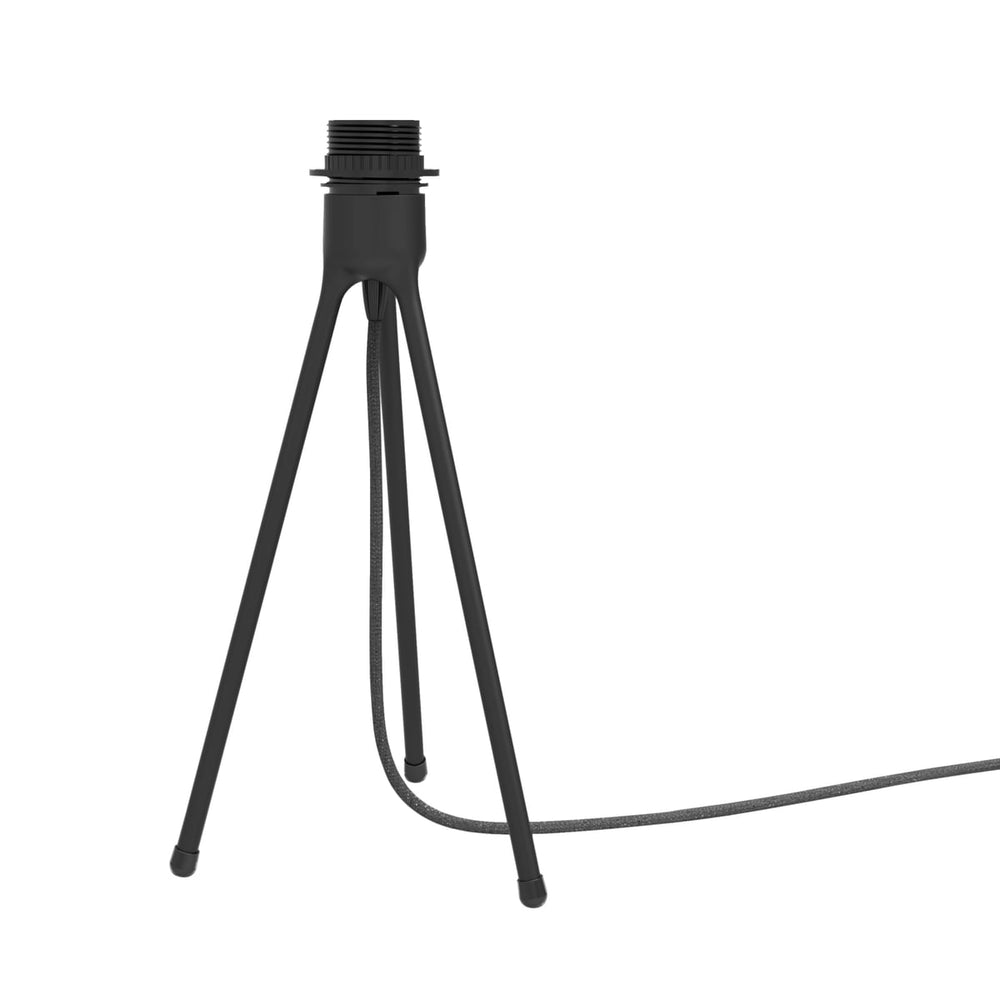 Table tripod white + house of gefion