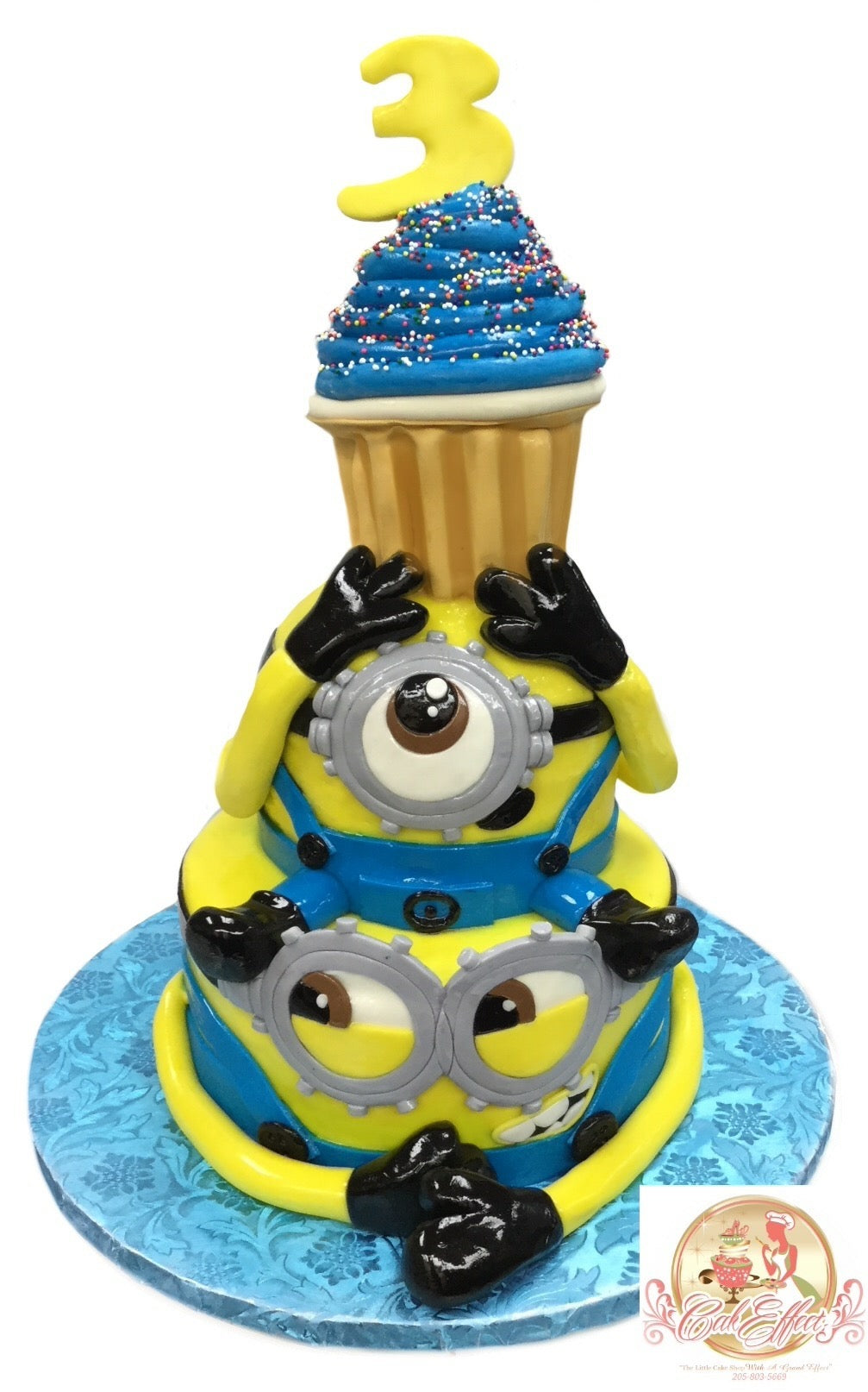 Birthday Cake Despicable Me Minions - CakEffect Bakery