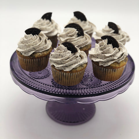 CakeDelights Oreo Cookie Cupcakes
