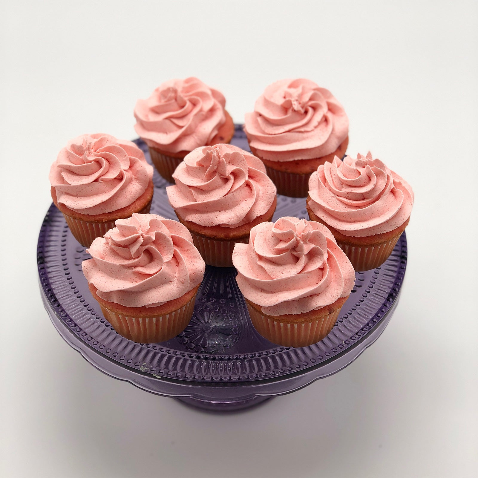 CakeDelights Strawberry Cupcakes