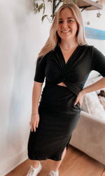 Load image into Gallery viewer, Black Rose Midi Dress