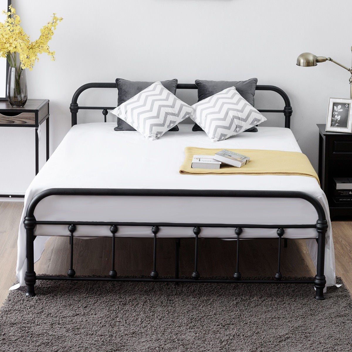 new arrival 1f88b a6542 Queen Size Metal Steel Bed Frame with Stable Metal Slats