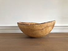 21 in Spalted Maple Oval Bowl