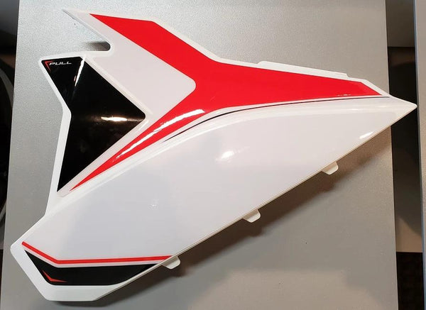 Beta (20-) Airbox Cover White
