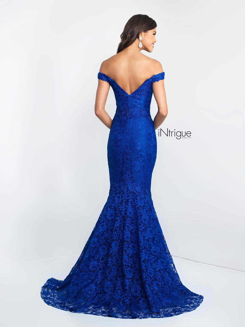 Off-Shoulder Mermaid Gown