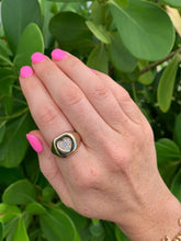 Load image into Gallery viewer, PAVE HEART SIGNET RING